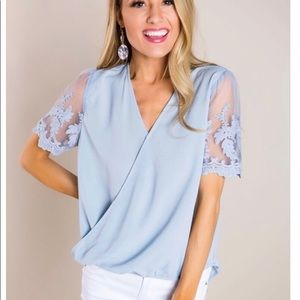Tops - Blue lace sleeve top